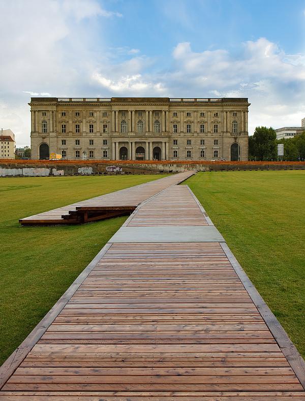 Grüne Wiese | Palast der Republik