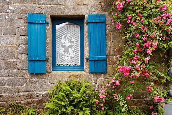 Fenster in Locronan