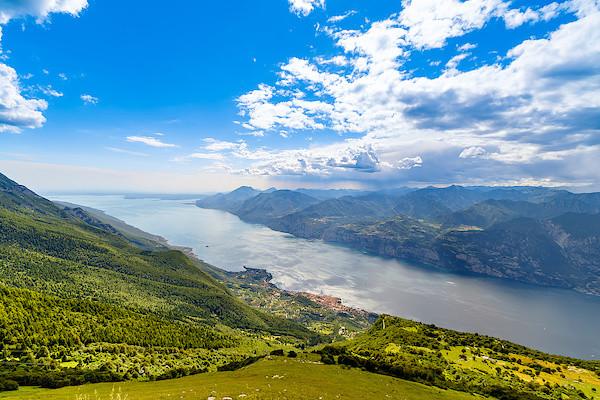 Blick auf den Gardasee vom Monte Baldo aus