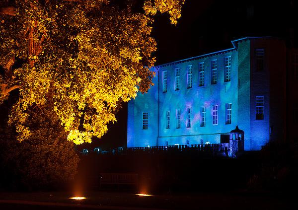 Schloss Dyck blau
