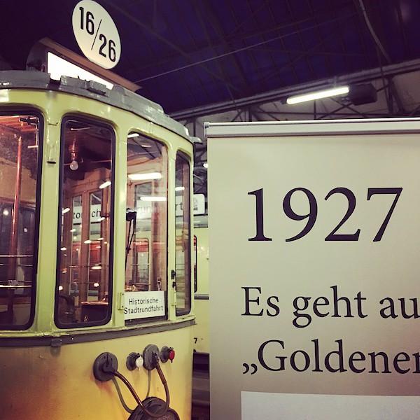 Historische Straßenbahn 1927
