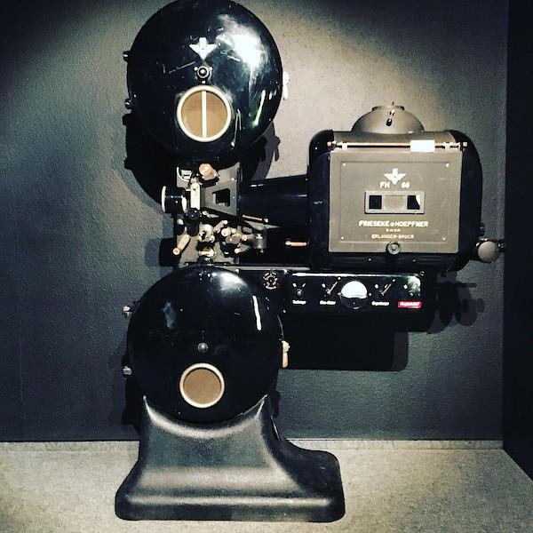 Ein alter Kinofilm-Projektor