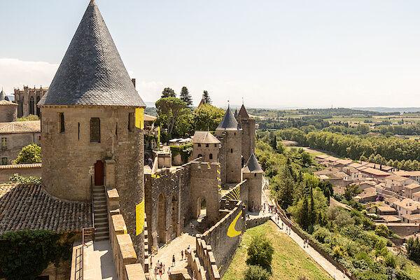 Ausblick von der Stadtmauer der Cité von Carcassonne