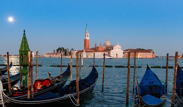 Vollmond über Venedig