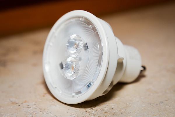 was bei umstellung auf led leuchtmittel zu beachten ist. Black Bedroom Furniture Sets. Home Design Ideas