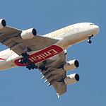 A380 über Büttgen im Landeanflug nach Düsseldorf