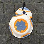 BB-8 aus Papptellern – Basteltipp für den Kindergeburtstag