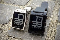 Pebble Steel und Pebble Classic
