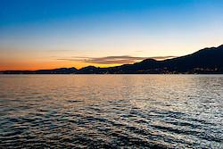 Der Gardasee kurz nach Sonnenuntergang
