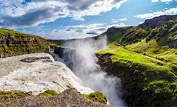 Der zweistufige Wasserfall Gullfoss