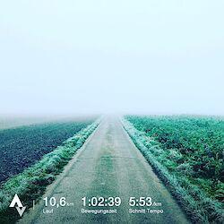 Laufen bei jedem Wetter, zum Beispiel bei Nebel